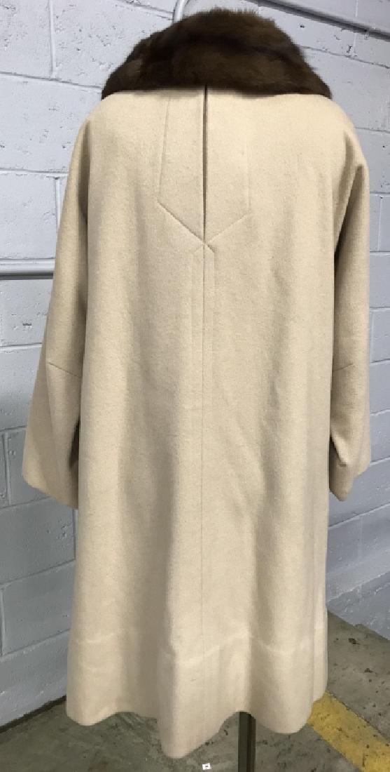 Vintage Ladies Wool Coat With Fur Collar - 6
