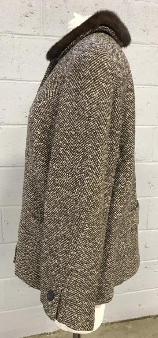 Vintage Russeks Ladies Wool Coat With Fur Collar - 2