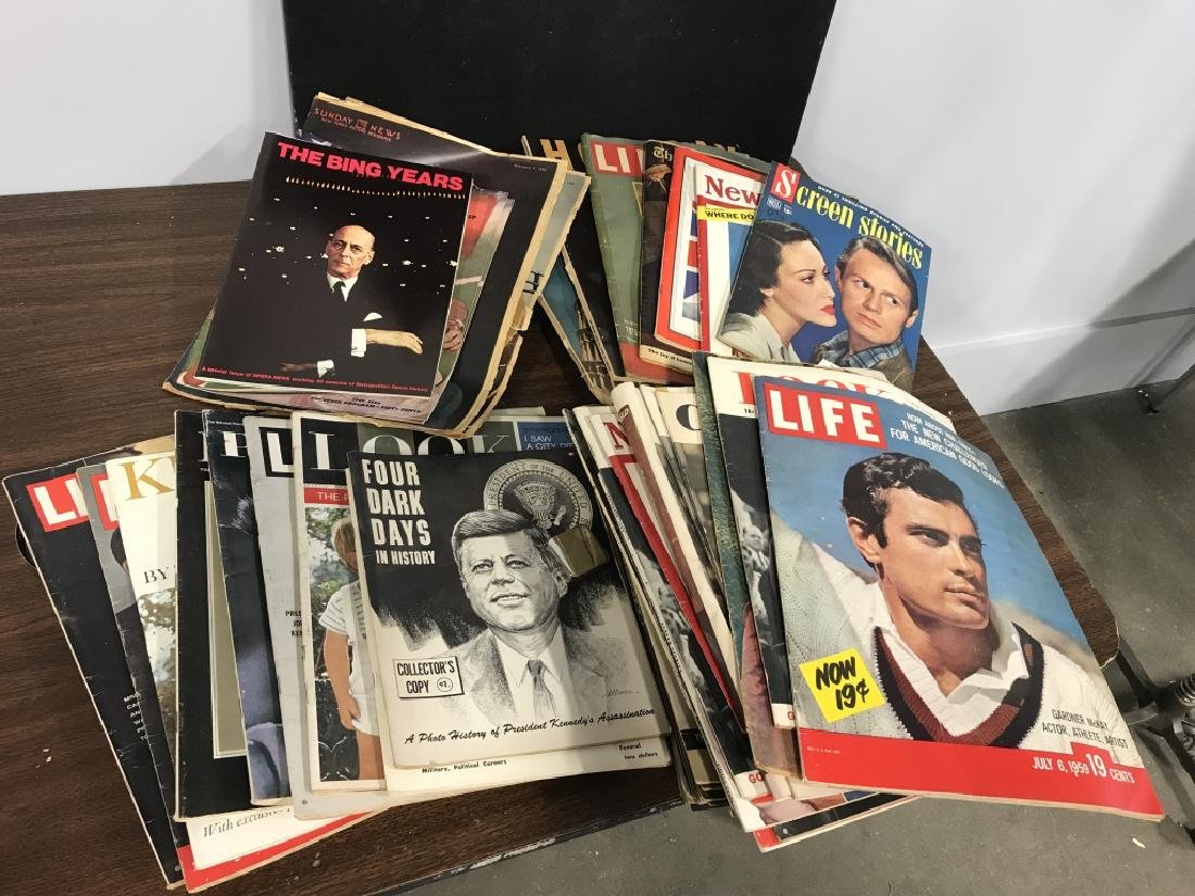 Vintage group lot of Various Magazines