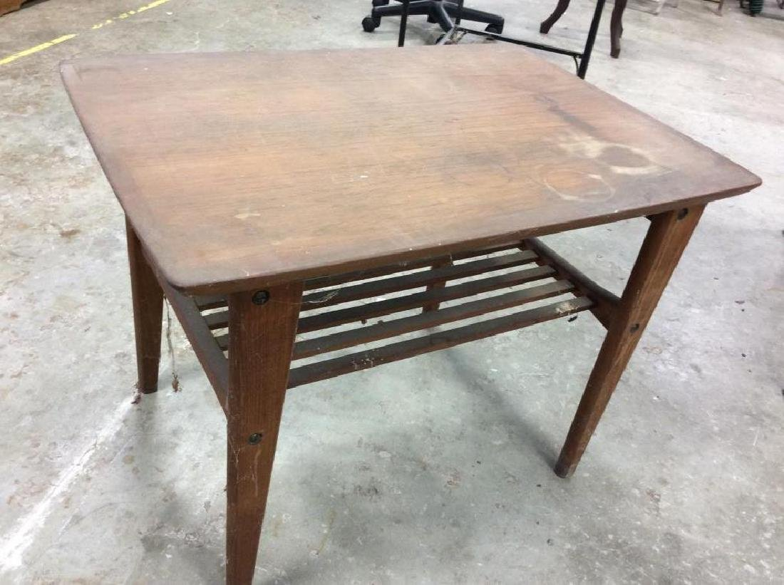 Small End Table w Tapered Legs - 2