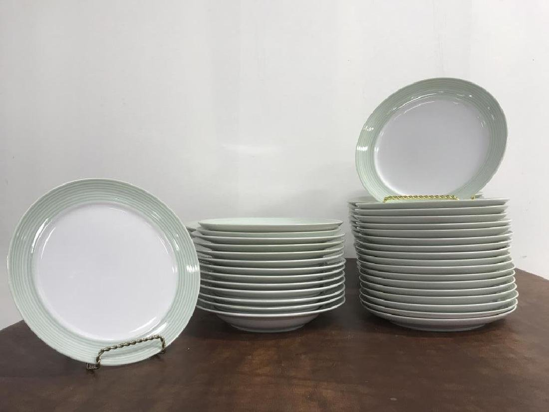 Large Collection of CRATE & BARREL Plate Set - 6