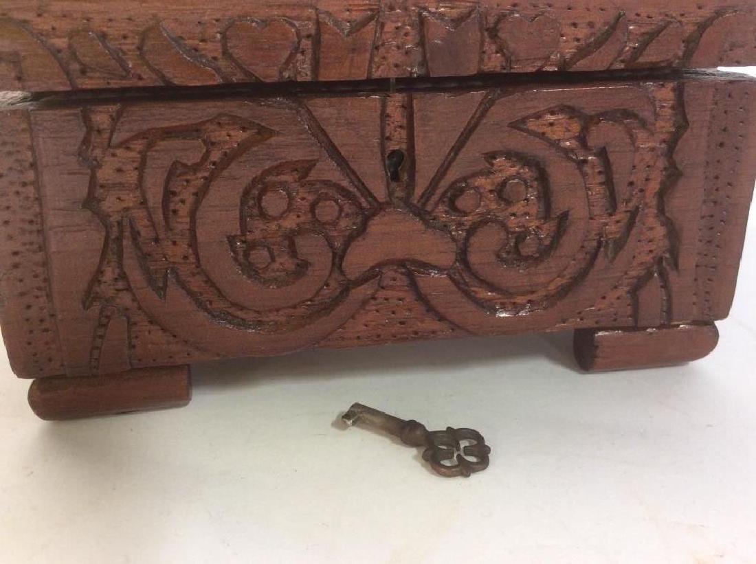 Vintage Carved Wooden Lidded Box W Key - 6