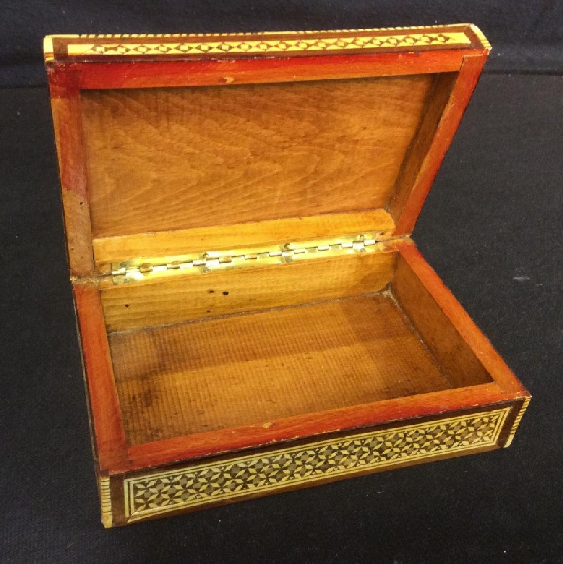 Wood Middle Eastern Mother Of Pearl Mosaic Box - 3