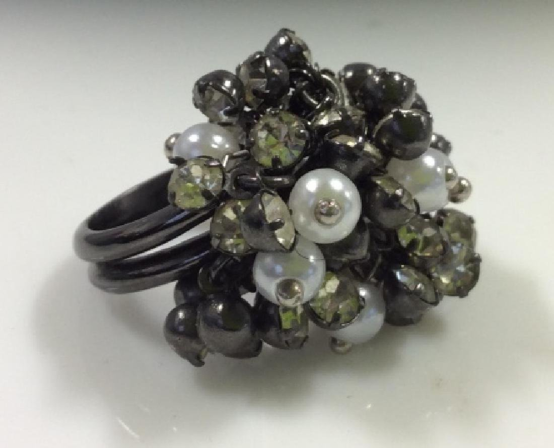 Cluster Beaded Cocktail Ring Jewelry - 2