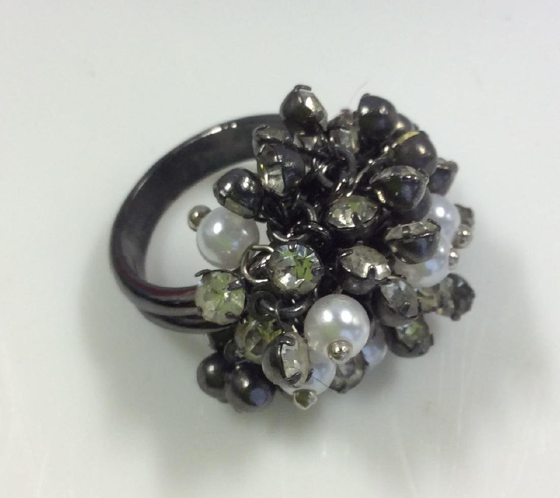 Cluster Beaded Cocktail Ring Jewelry - 3