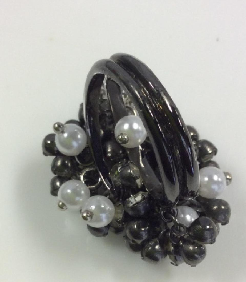 Cluster Beaded Cocktail Ring Jewelry - 5