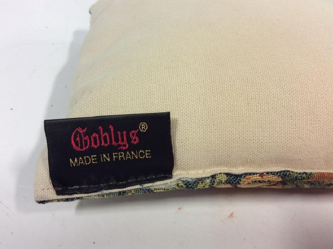 GLOBYS French Tapestry Alphabet Pillow - 6