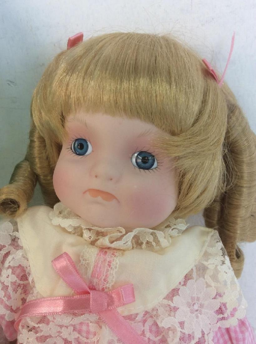 Vintage DOLL COLLECTORS Porcelain 'Mary' Doll - 4