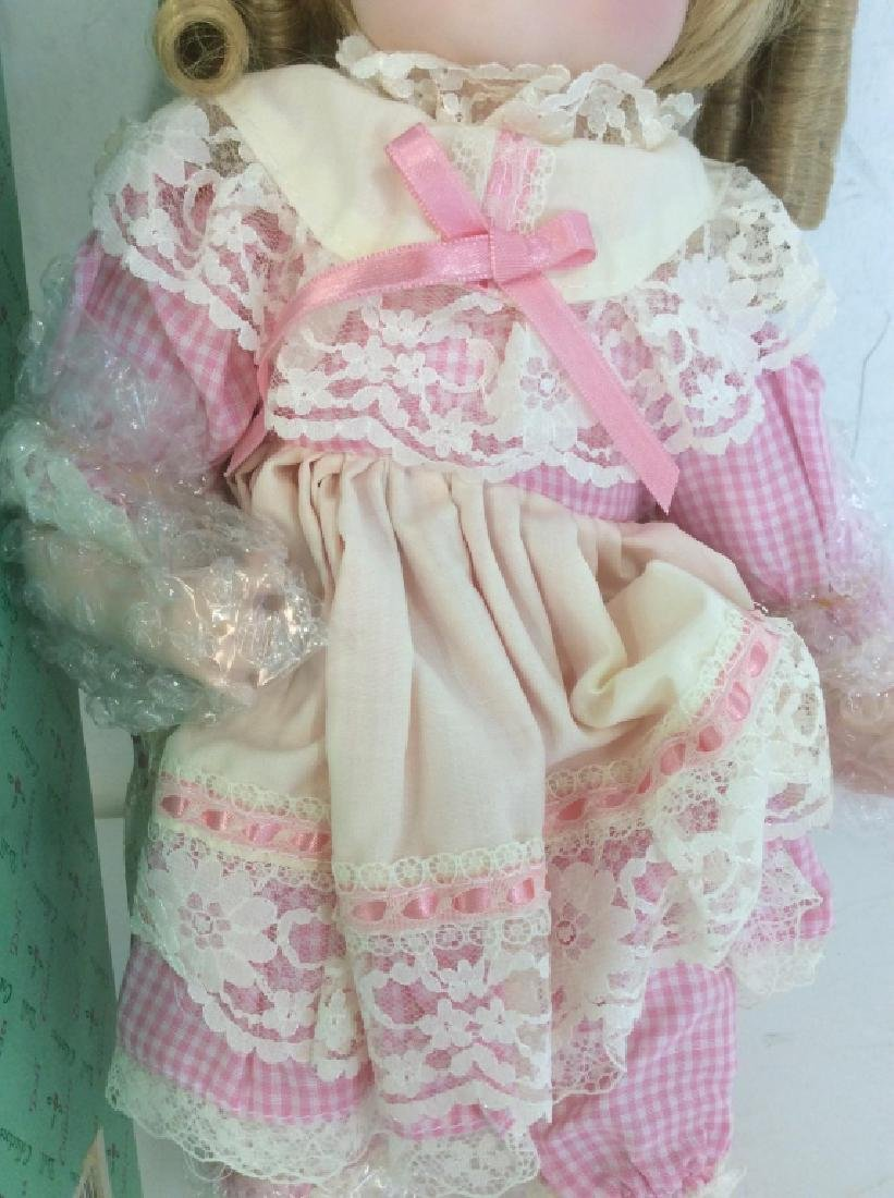 Vintage DOLL COLLECTORS Porcelain 'Mary' Doll - 5
