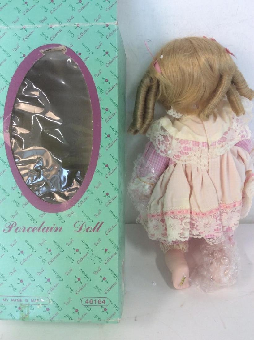Vintage DOLL COLLECTORS Porcelain 'Mary' Doll - 8