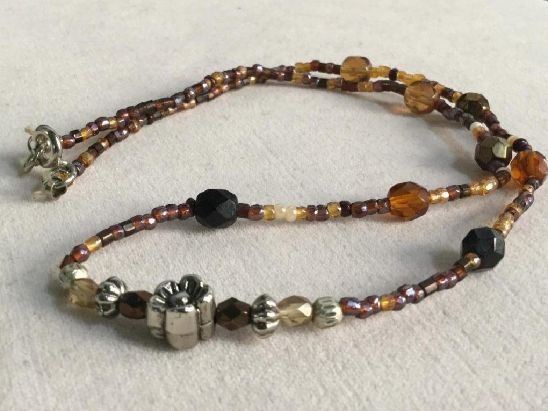 Vintage Beaded Necklace W Flower Bead Detail