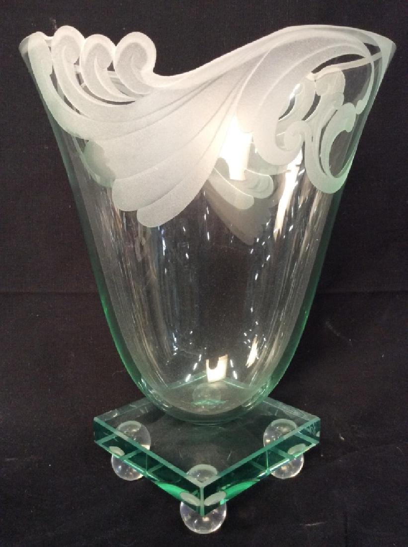 Signed R. GUENTHER Art Glass Vase