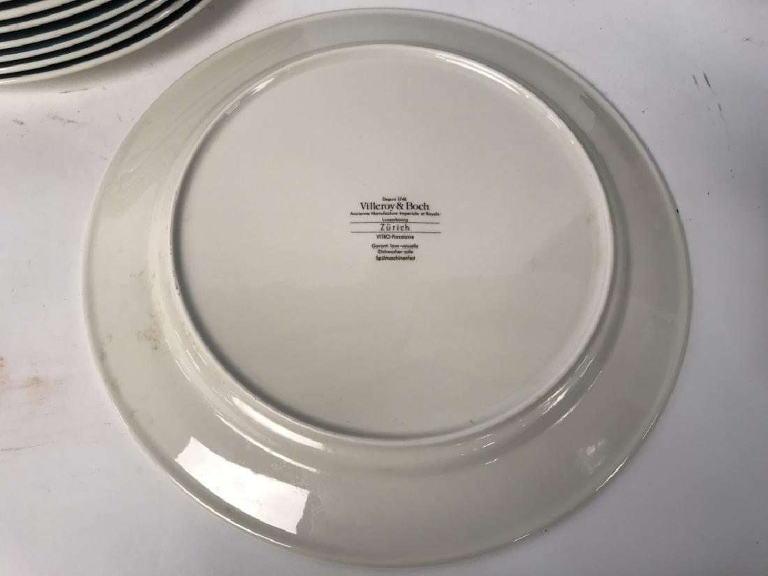 Set of 8 VILLEROY and BOCH Porcelain Dinner Plates - 4