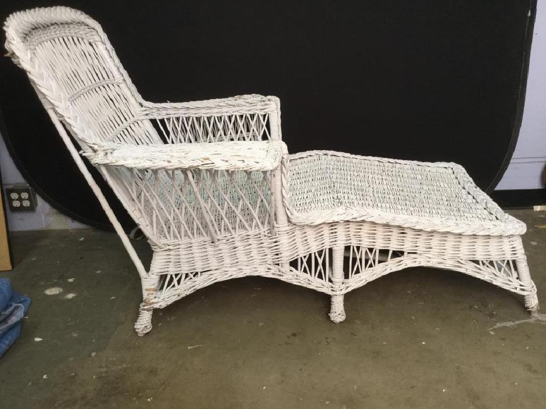 Vintage White Wicker Lounge Chair - 6
