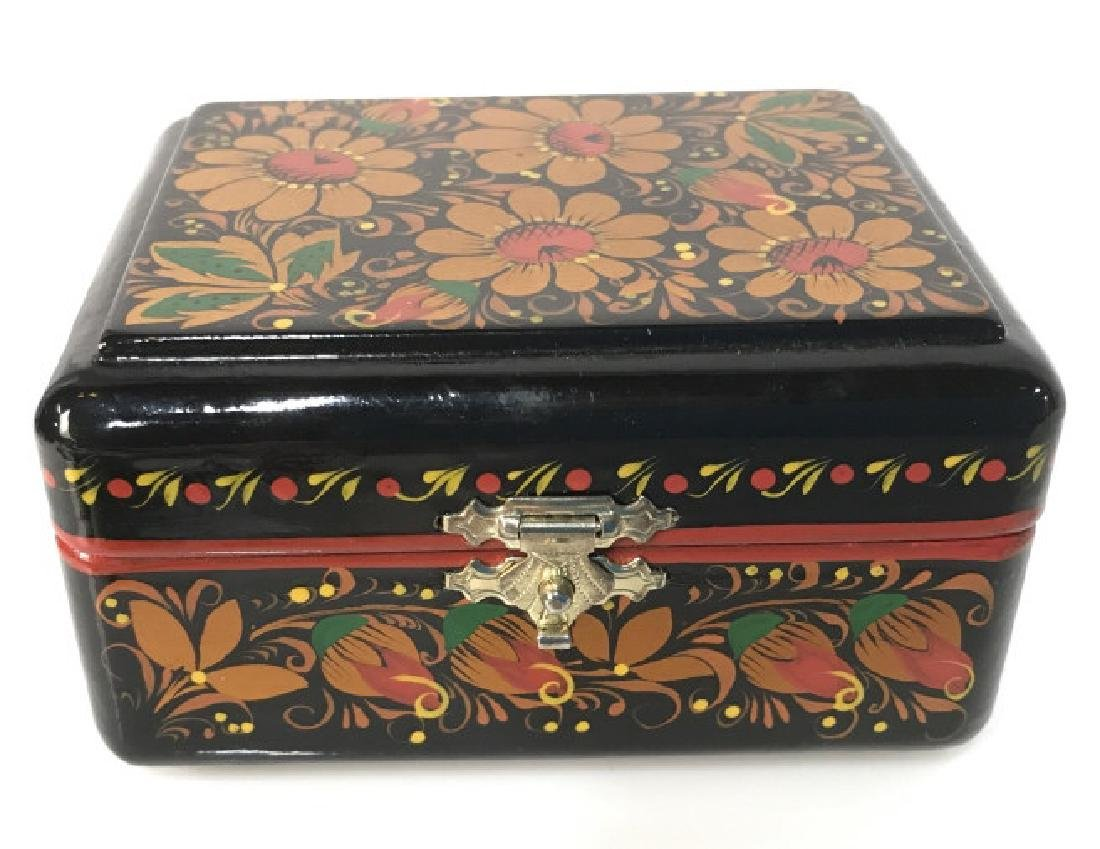 Brightly Painted Lacquer Ware Lidded Trinket Box