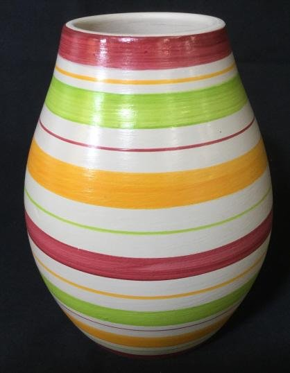 Handmade Decorative Earthenware Peruvian Vase