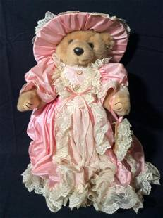 BEARLY PEOPLE Sweet Charlotte Collectible Bear