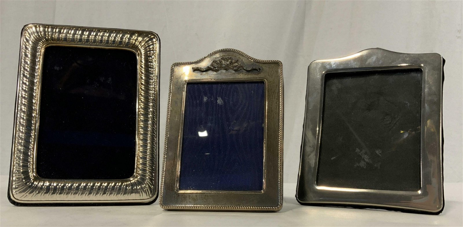 Lot 3 Picture Frames