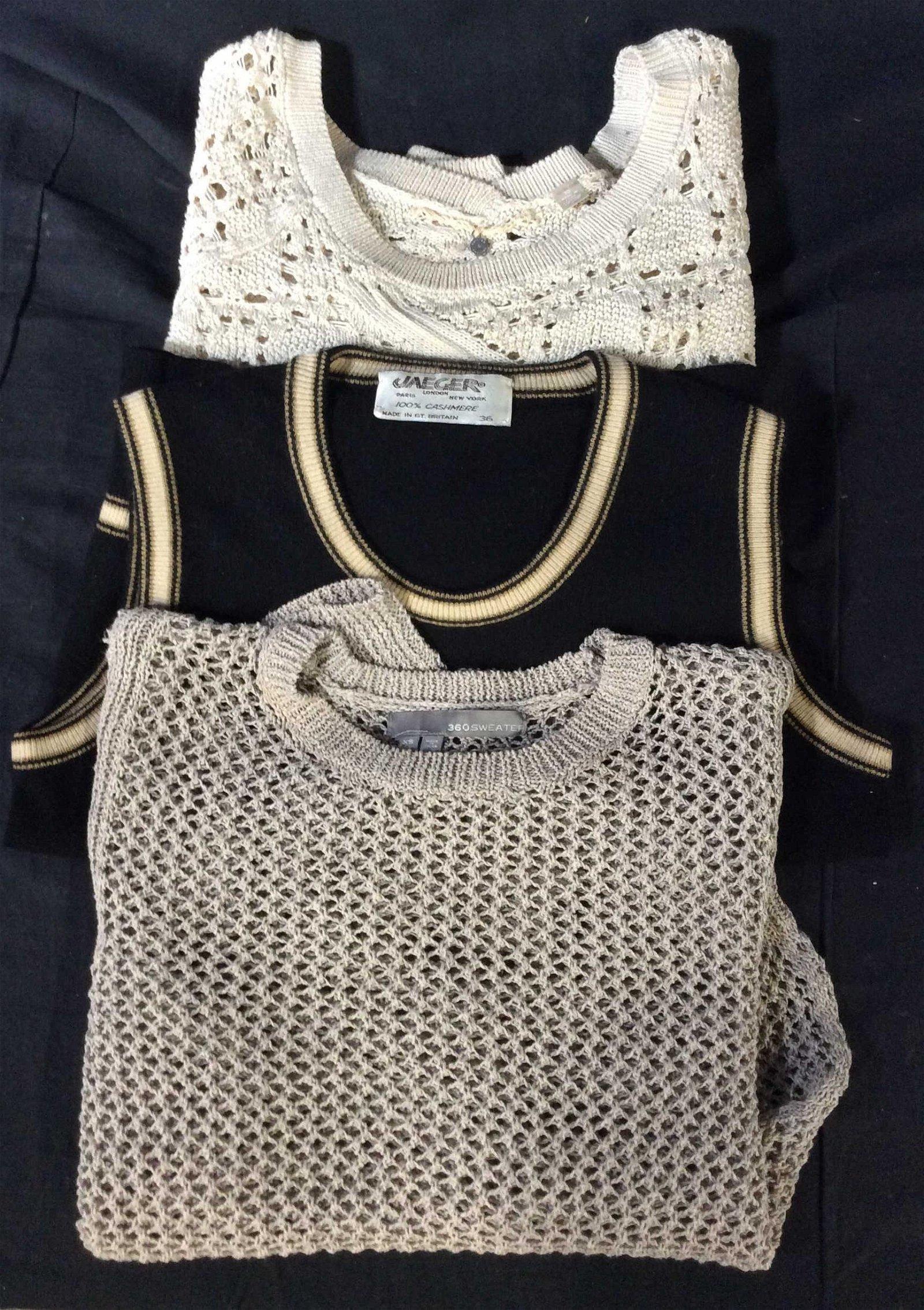 Lot 3 Designer Lightweight Sweaters