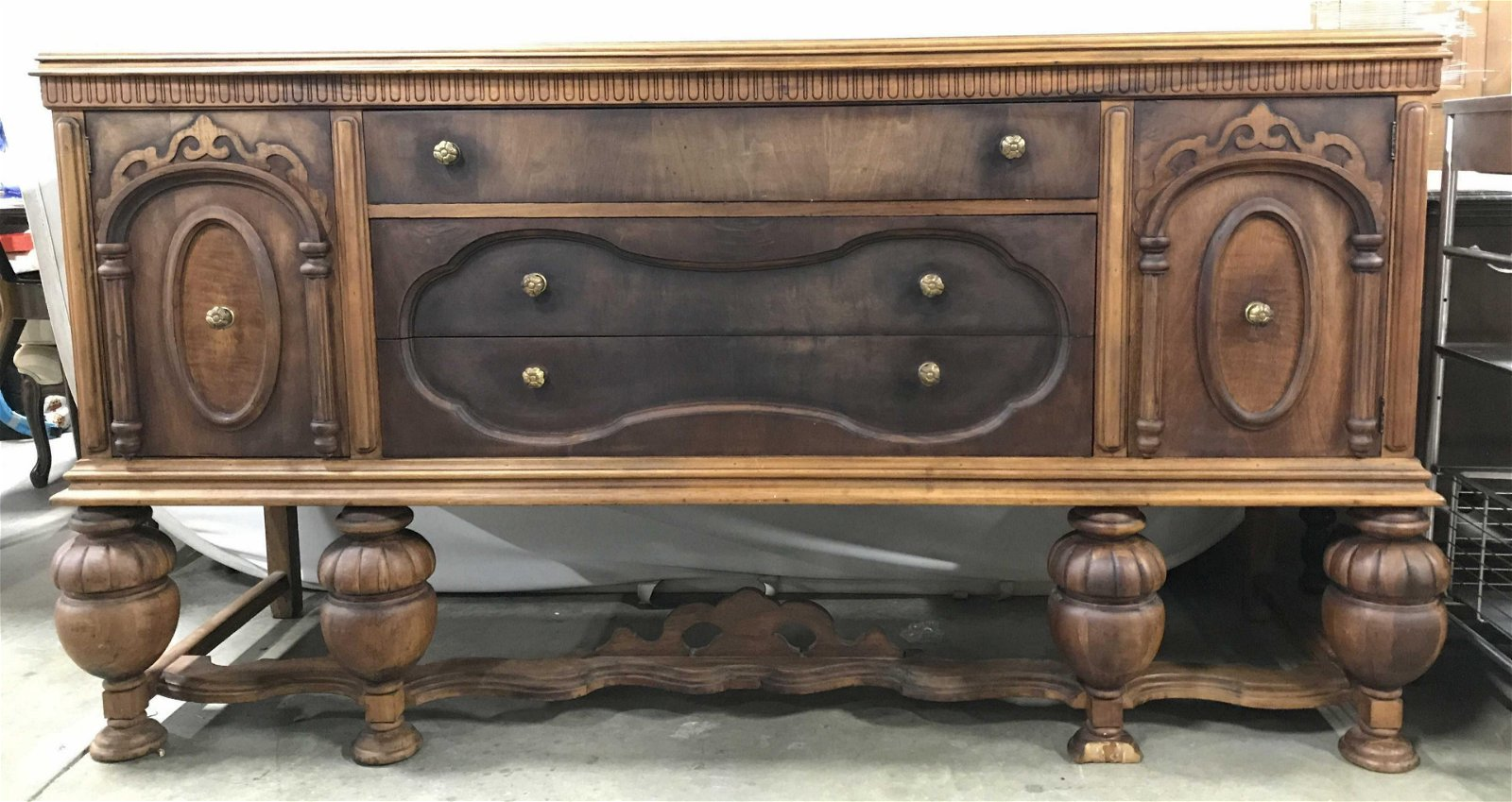 HANOVER CABINET CO Antique Wooden Credenza