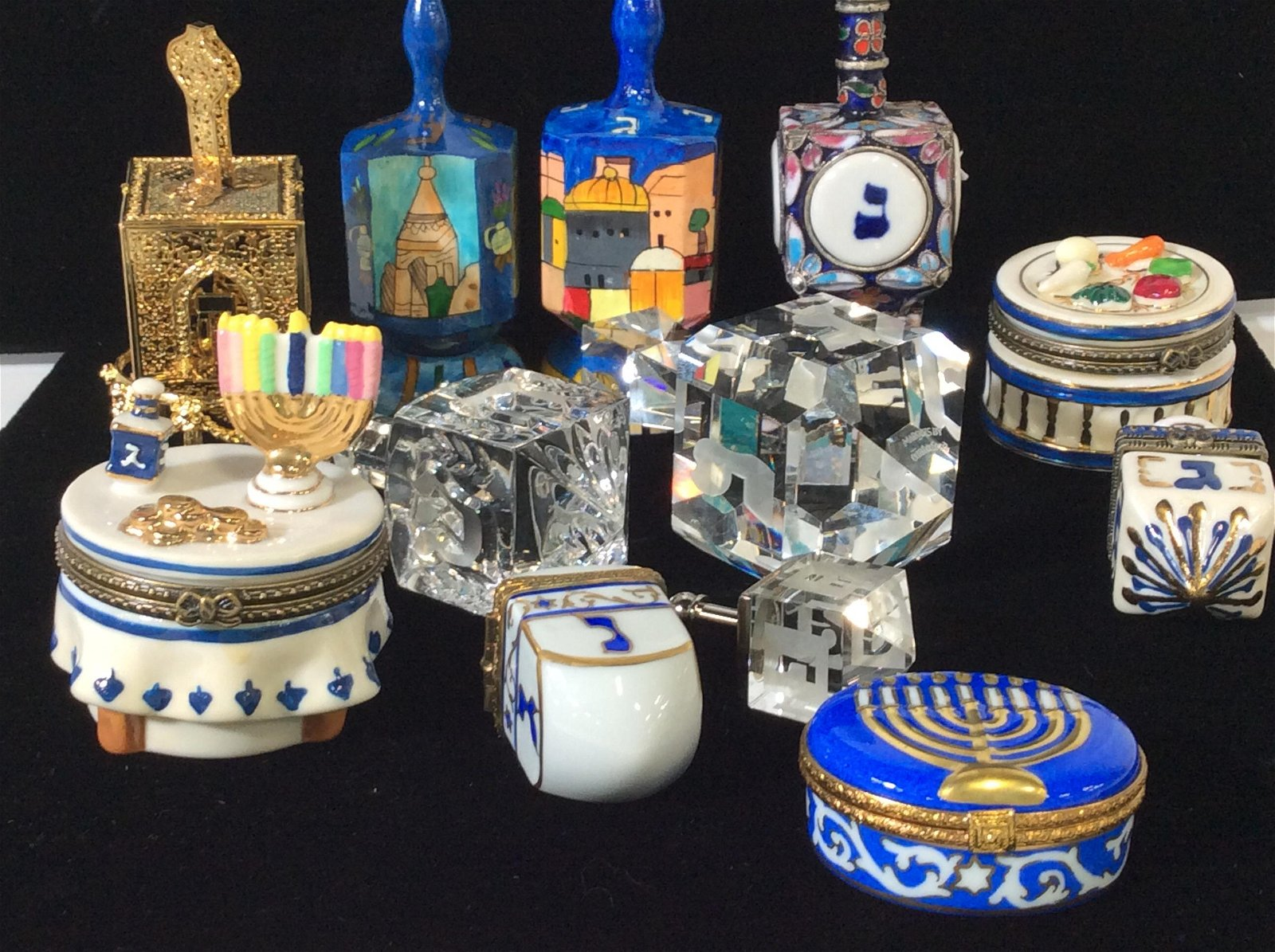 Huge Lot of Decorative Tabletop Judaica Access.