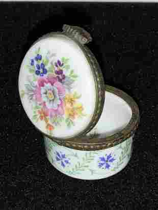 HALLMARKED FRENCH Vntg Porcelain Snuff Box