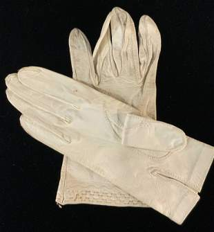 Lot 6 Vntg APICELLA & More White French Gloves