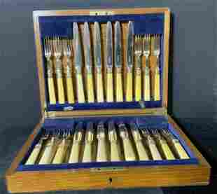Set24 FA & CO. Vntg English S Plated Boxed Cutlery