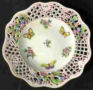 Luxury HEREND HUNGARY Queen Victoria Plate