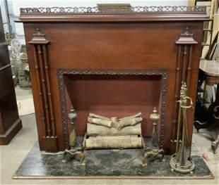 RCA VICTOR Vintage Fireplace Radio & Accessories