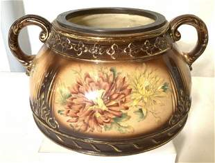 Bassett New York no. 1025 Ceramic Planter