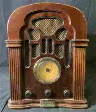 Vintage 1989 THOMAS America Series Radio