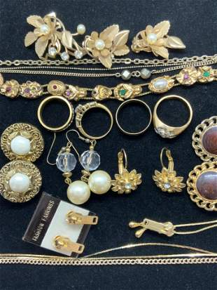 Lot 16 Gold Tone Jewelry, 14K Gold Chain & More