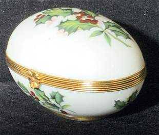 LIMOGES Signed French Porcelain Trinket Box