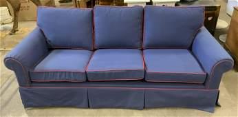 Sofa w Pull Out Mattress