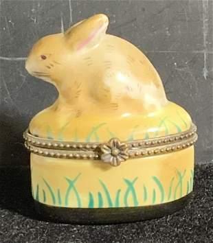Hand painted Rabbit Figural Snuff Box