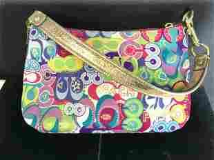 Collectible COACH Lrg Poppy C Print Bag