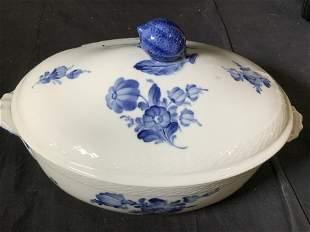 ROYAL COPENHAGEN Covered Casserole Ceramic Dish