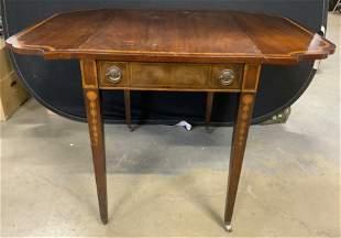 Vintage WEIMAN Pembroke Table w Casters