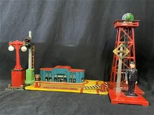 Lot 5 Vintage Model Train Accessories