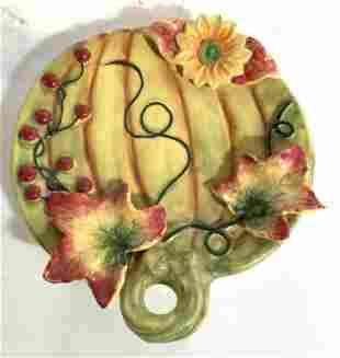 SAPOTA Porcelain Plate W Leaf & Vine Detail