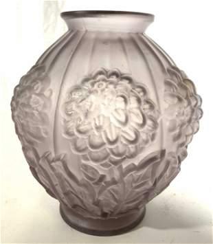 Frosted Floral Detailed Art Glass Vase
