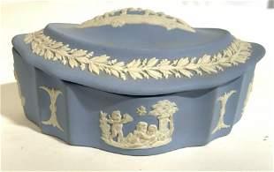 WEDGWOOD ENGLAND Lidded Trinket Box