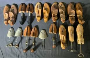 Lot 19 Vintage Metal and Wood Shoe Trees