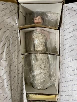 Vintage DANBURY MINT Nancy Reagan Doll