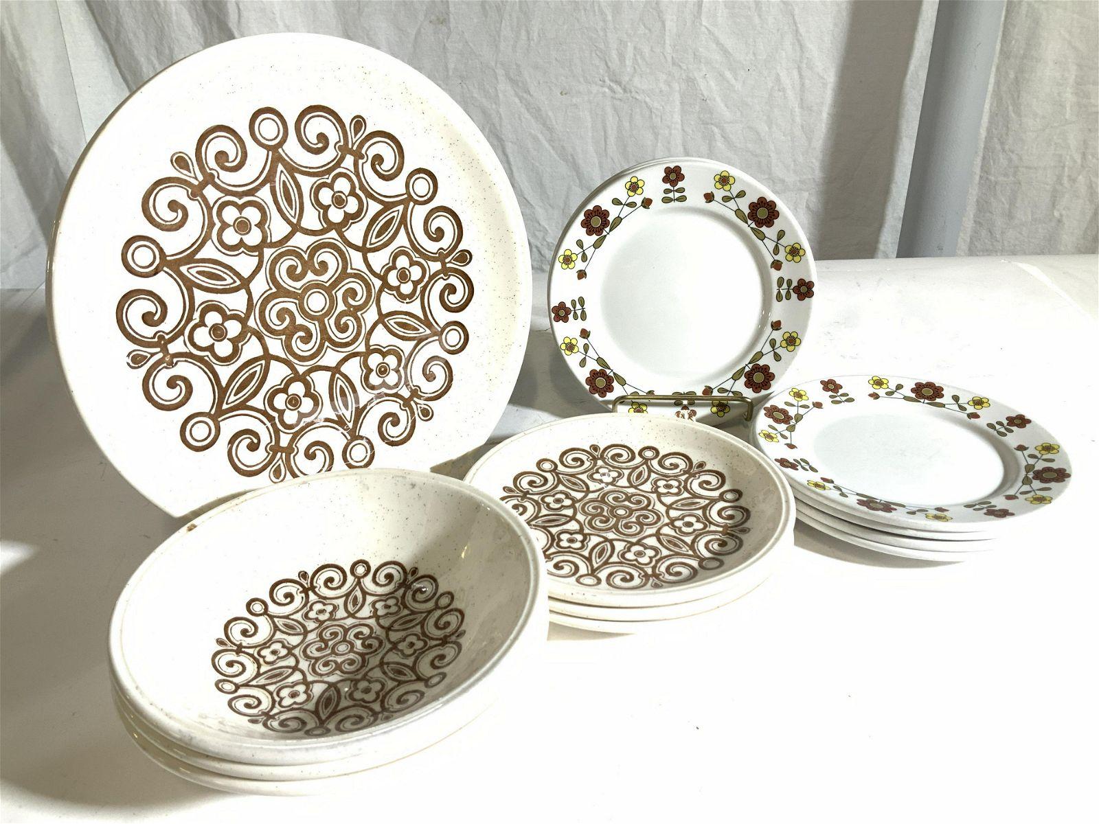 Biltons & Duralung Ironstone plates, 17, England