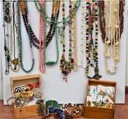 Mix of Costume Jewelry Lot