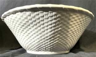 BORDALLO PINHEIRO Porcelain Basket Bowl