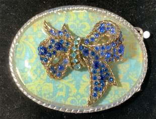 BTG ORG. CRYSTAL BOW in Relief Belt Buckle