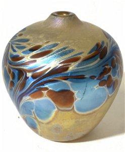 Signed Artist Maytum Studio Iridescent Glass Vase